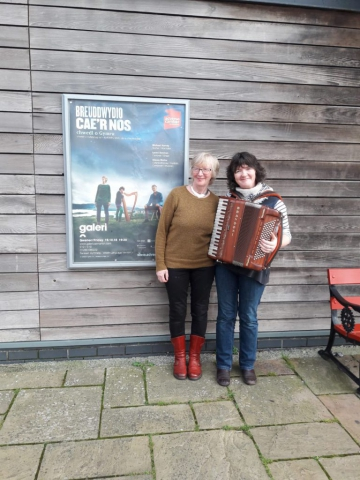 Lynne and Stacey outside Galeri Caernarfon